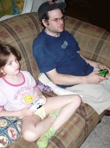Sam and Greg Playing Gears of War 3
